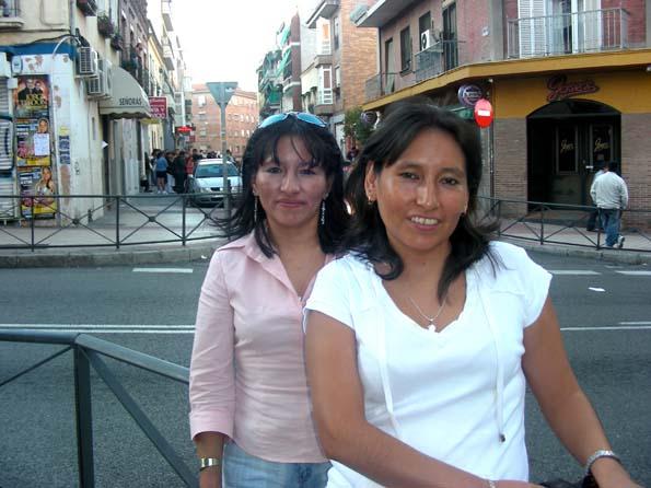 Bolivianos llamados a empadronarse para votar por el s o for Oficina padron barcelona