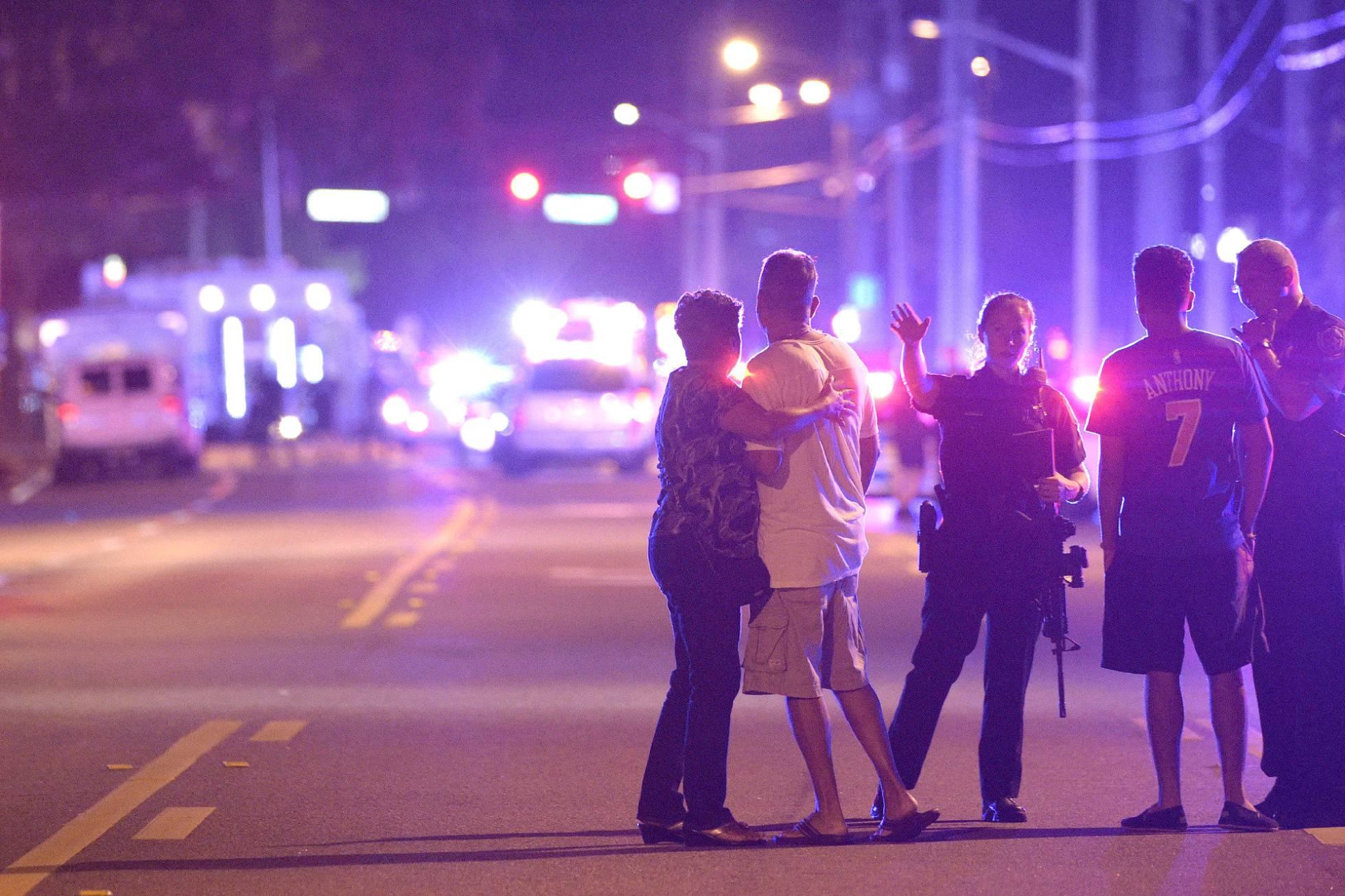 Cincuenta muertos en un acto terrorista en un club gay en Orlando