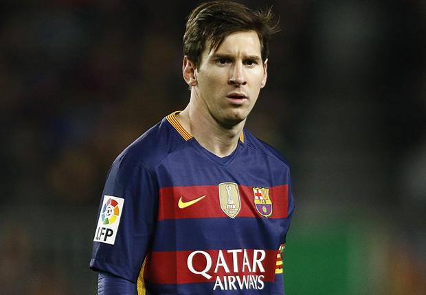 Messi y su padre son juzgados en Barcelona por evasión de impuestos