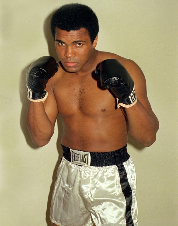 Murió el más grande del boxeo: Mohamed Alí