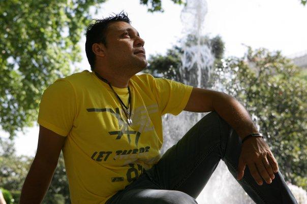 """Jean Carlos Centeno: """"Un día mi madre me dijo 'que Dios te bendiga hijo'; y se marchó"""""""