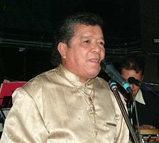 """Pastor López: """"Tengo casi 80 años y más de tres mujeres"""""""