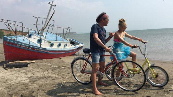 """""""La bicicleta"""" de Carlos Vives se perfila desde ya como el tema del verano en España"""