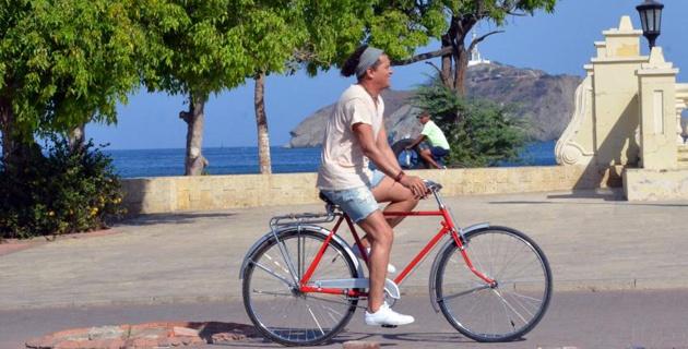 No es una broma, a Carlos Vives le robaron la bicicleta en Colombia