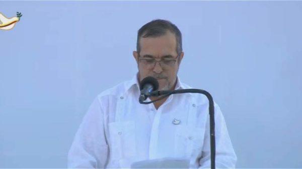 """""""Timochenko"""" pidió perdón por masacrar al pueblo colombiano"""