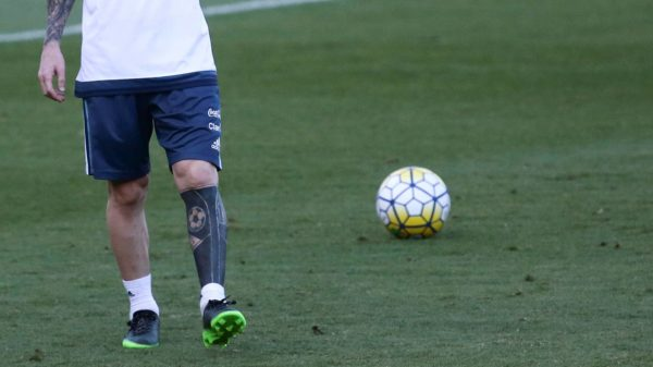 El extraño tatuaje de Leo Messi causa polémica