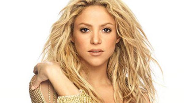 Shakira no asistirá a los Latin Grammys por problemas personales