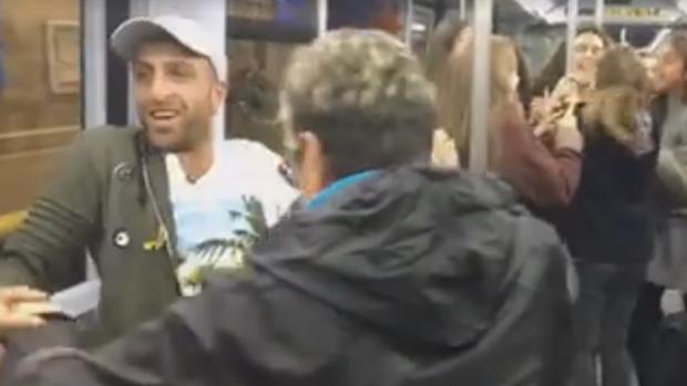 La Bicicleta de Carlos Vives y Shakira revoluciona el Metro de Madrid