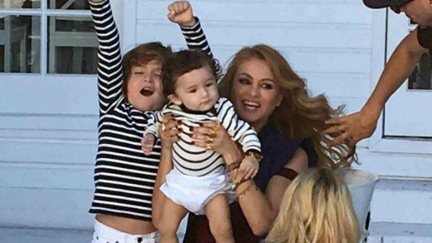 Paulina Rubio no teme en mostrar a sus hijos