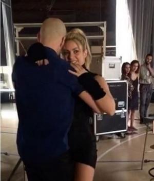 ¡VÍDEO! Mira el bachateo sabroso de Shakira