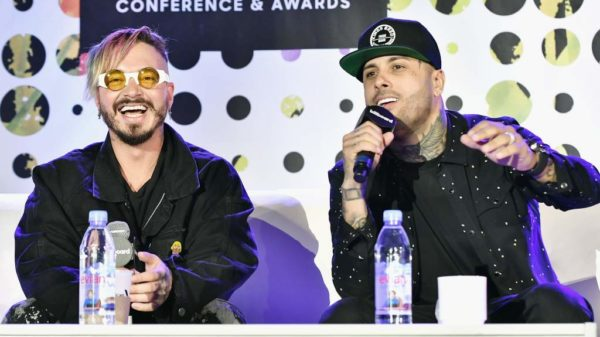 """Nicky Jam en la conferencia de los Billboard: """"Despacito era conmigo y no con Daddy Yankee"""""""