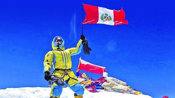 Montañista peruano conquistó el Everest a puro pulmón, sin trampas