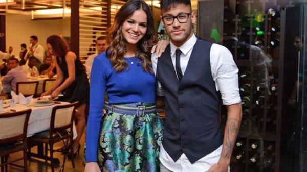 A Neymar y a Bruna Marquezine se les acabó el amor de tanto usarlo