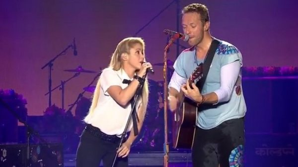 """Shakira y Chris Martin cantaron """"Chantaje"""" en el Global Citizen Festival"""