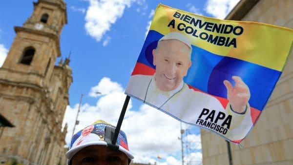 El Papa llegó a Colombia para sanar las heridas que ha dejado la guerra