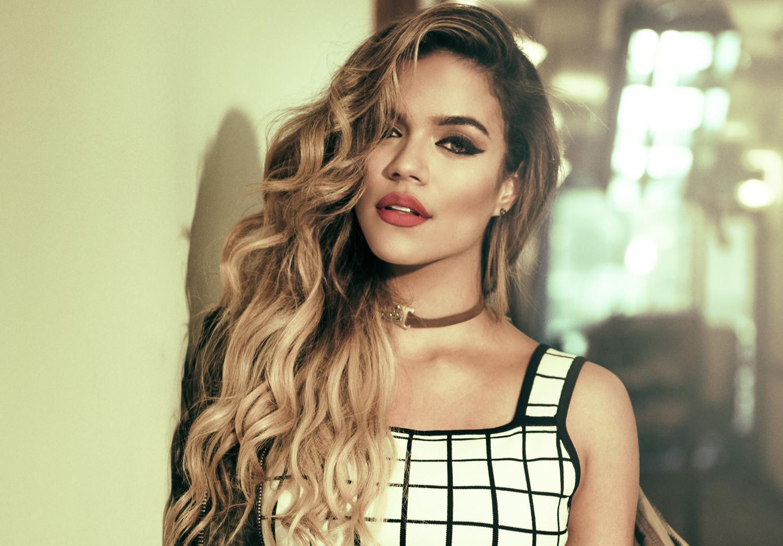 """Karol G se erige como la reina del reggaeton con su álbum """"Unstoppable"""""""