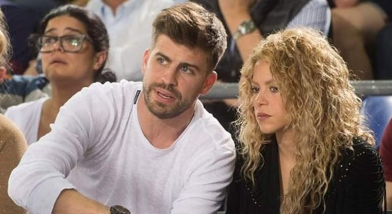 Shakira dice que no se separa y pide a Piqué más hijos