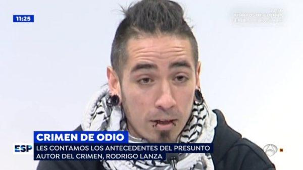 Detienen a chileno por asesinar a un hombre que usaba tirantes con la bandera de España