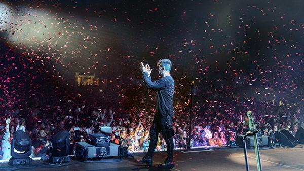 Juanes triunfa en el Wizink Center de Madrid a ritmo de rock, cumbia y pop
