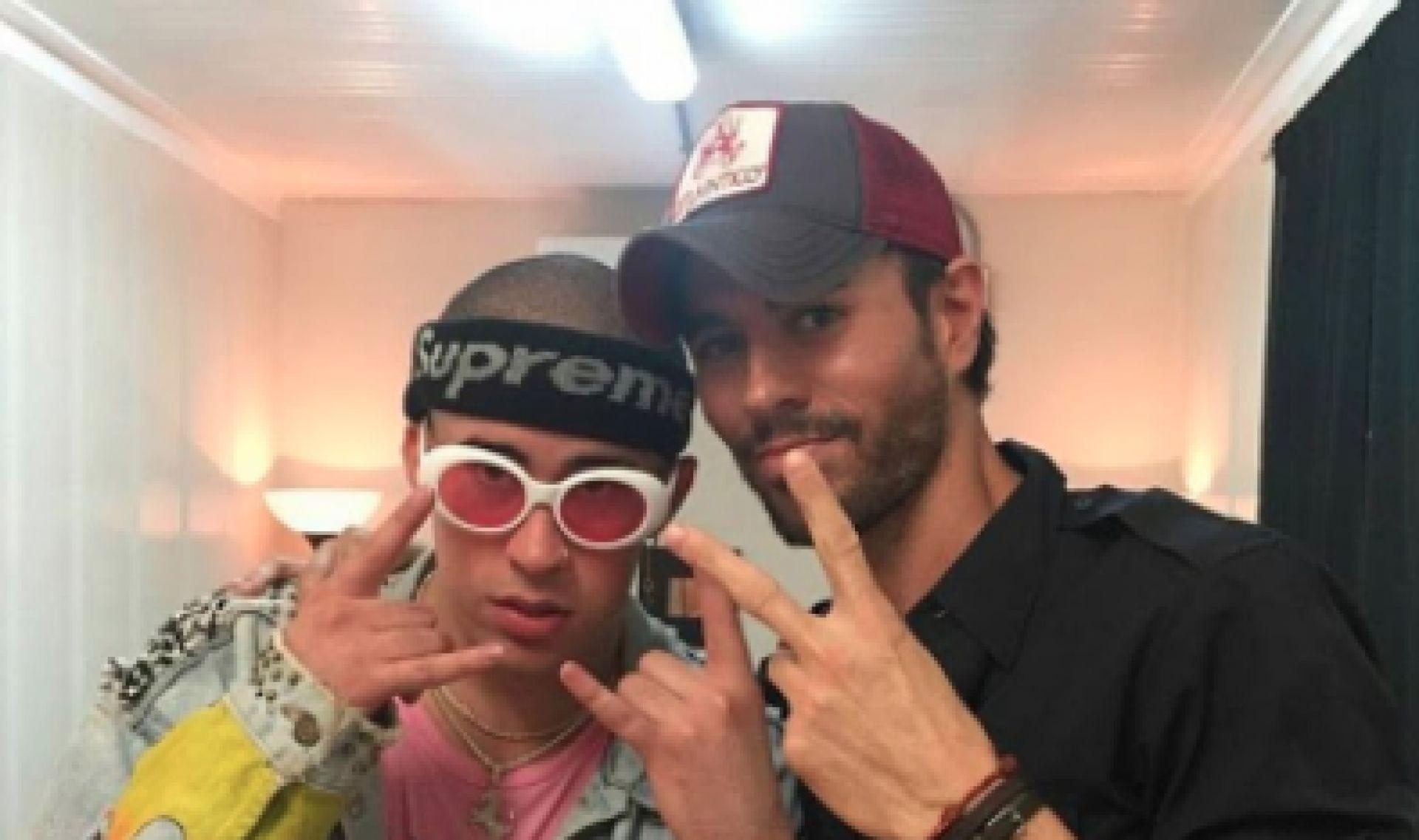 Enrique Iglesias también se lo monta con Bad Bunny