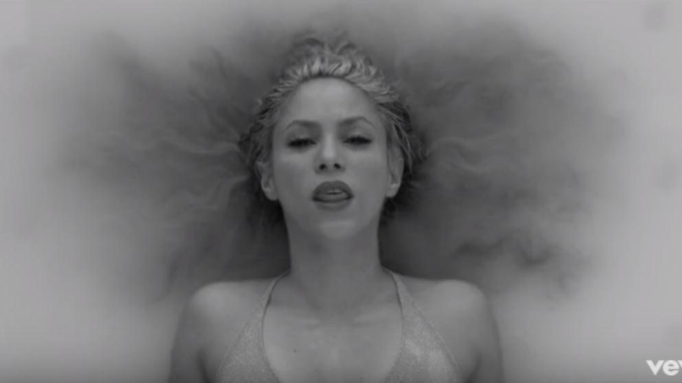 """Shakira estrenó el vídeo de su nuevo sencillo """"Trap"""" feat. Maluma"""