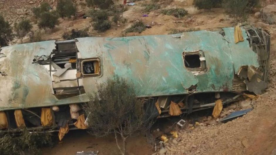 Trágico accidente de autobús en Perú: 44 personas muertas
