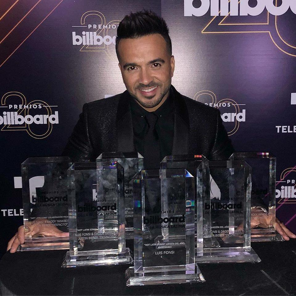 """""""Despacito"""" de Luis Fonsi y Daddy Yankee arrasan en los Premios Billboard Latino"""