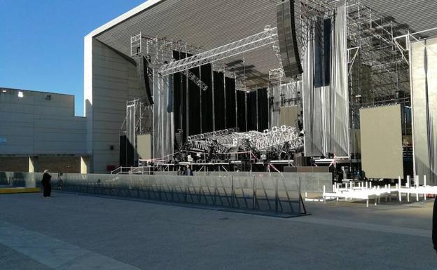 Posponen concierto de Romeo Santos en Málaga tras accidente