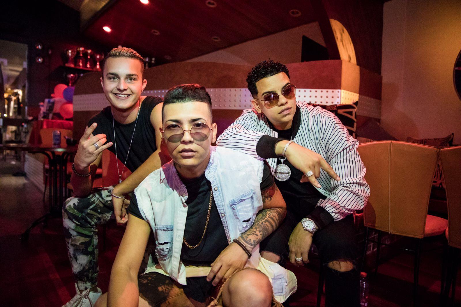 """J Álavarez se une a Álex Roy y Wirlow en """"Toda la noche"""" gracias a Reggaeton EU"""