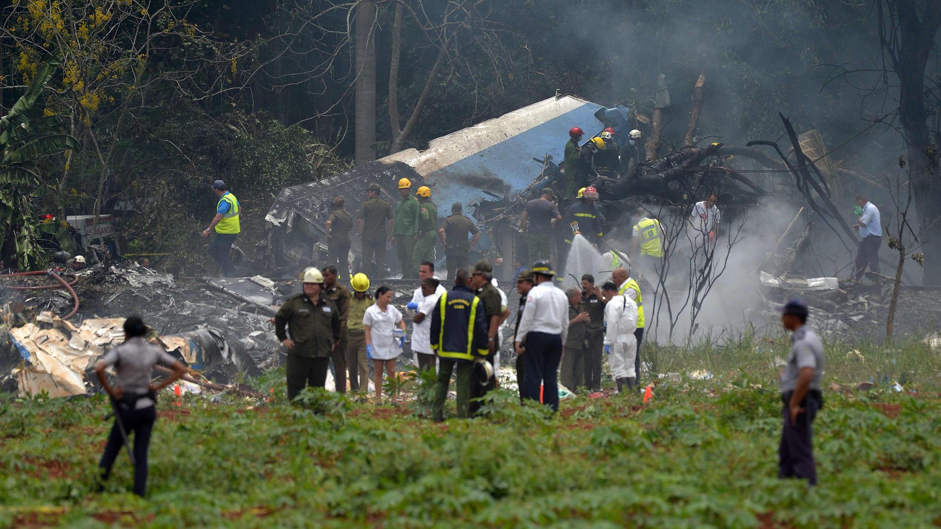 Un avión con 105 pasajeros se estrelló en Cuba