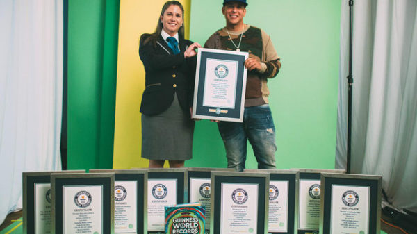 Daddy Yankee recibe 10 récords Guinnes