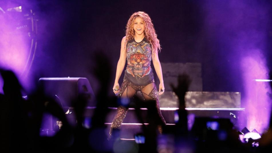 Shakira rompe a llorar en su último concierto de su gira realizado en Bogotá