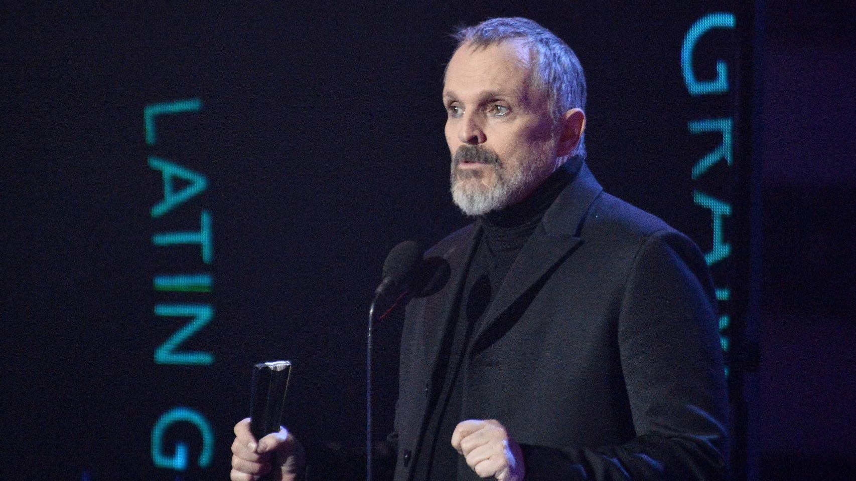 Miguel Bosé y su alarmante intervención en los Grammy Latinos