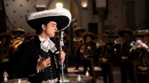 """Alex, hijo de Alejandro Fernández, debuta en la música con """"Te amaré"""""""