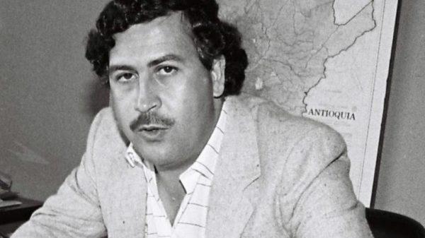 Indignación en París por una discoteca que rinde tributo a Pablo Escobar