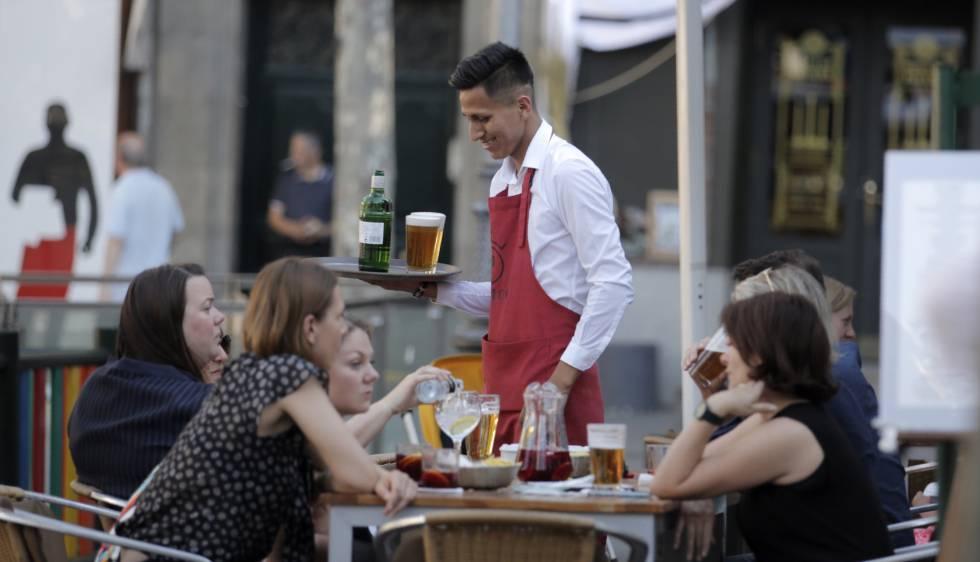 España necesita inmigrantes para atajar el déficit de la Seguridad Social