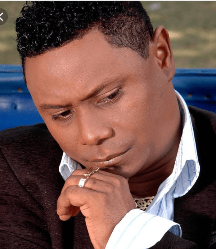 Fallece el bachatero dominicano Yoskar Sarante a causa de fibrosis pulmonar