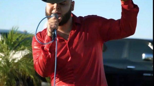 Asesinan de 100 balazos a cantante de narcocorrido